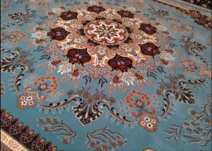 Iranian carpet buyer